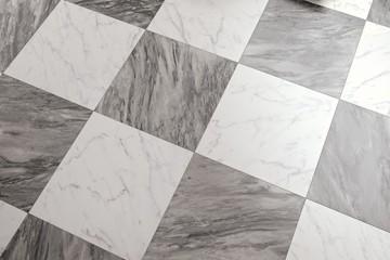 Pavimenti e rivestimenti in ceramica